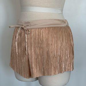 Victoria's Secret Camisole Shorts Size Small
